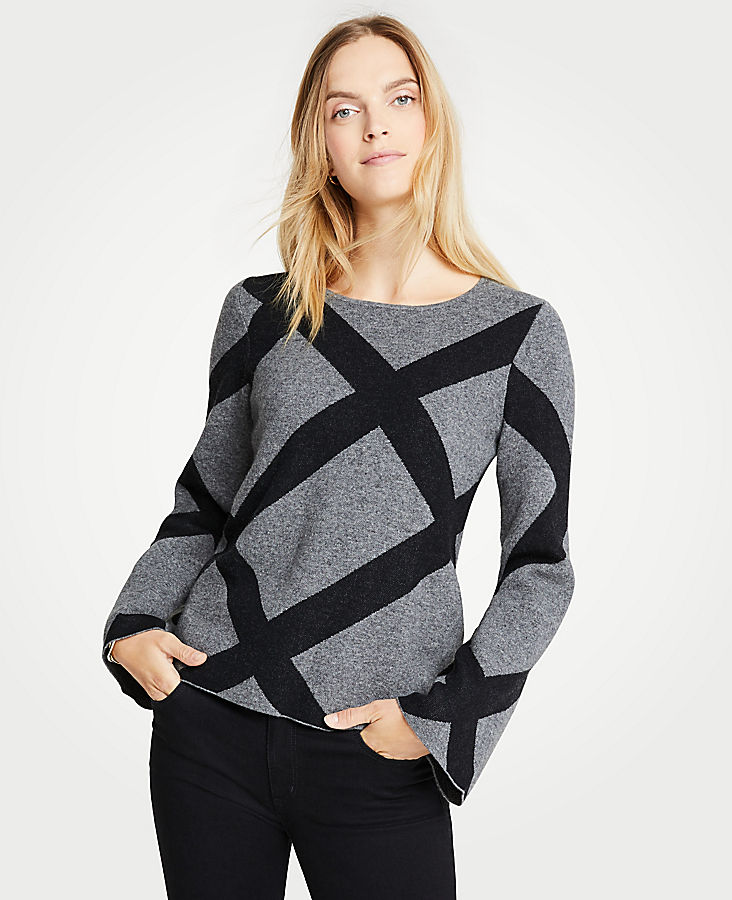 Petite Enlarged Plaid Bell Sleeve Sweater