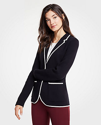 Defined with piped contrast trim, our tailored sweater blazer is always pulled-together - no matter where you're headed. Notched lapel. Long sleeves. Two-button front. Front patch pockets.