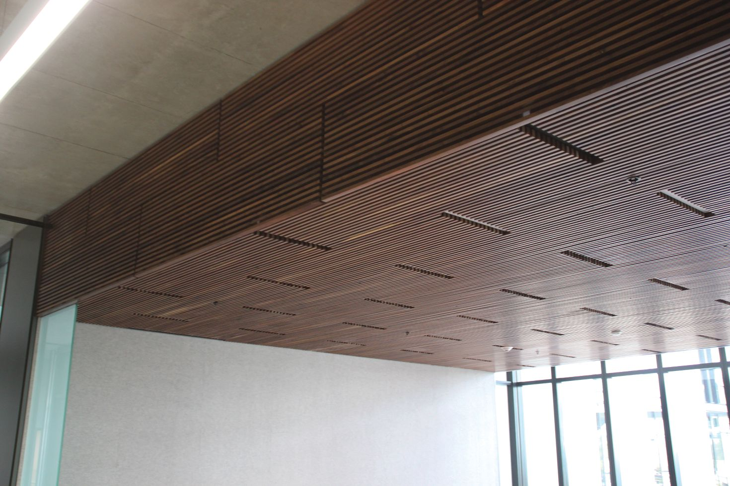ACGI Grille ceiling & wall system