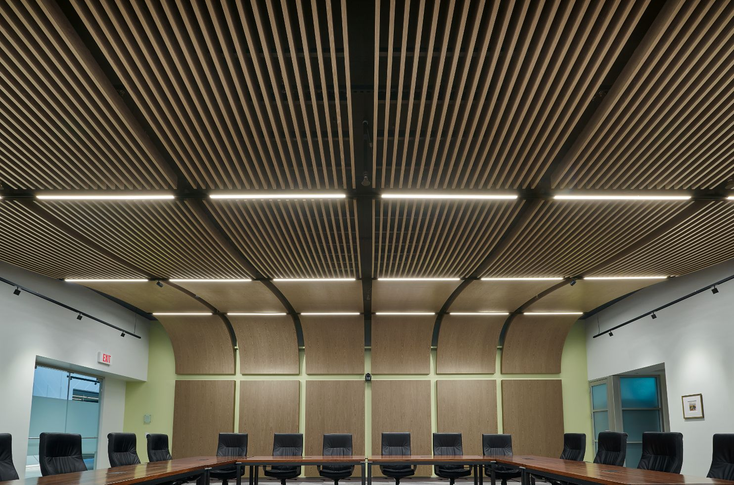 WOODWORKS Custom Grille / WOODWORKS Custom Microperforated Ceiling & Wall Panels / XAL MOVE IT Light Fixtures