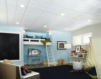 Learning to make a plastic false ceiling in the bathroom