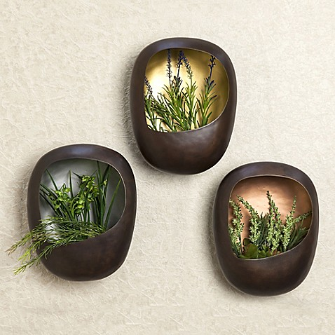 danya b 3 piece metal wall planter set in gold bed bath. Black Bedroom Furniture Sets. Home Design Ideas