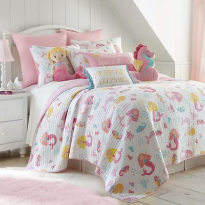 image of Levtex Home Joelle Reversible Quilt Set in Pink