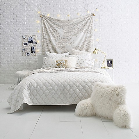 gold fret quilt set bed bath beyond. Black Bedroom Furniture Sets. Home Design Ideas