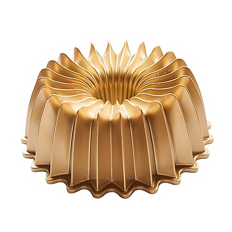Nordic Ware® Premier Gold Brilliant Bundt Pan in Gold