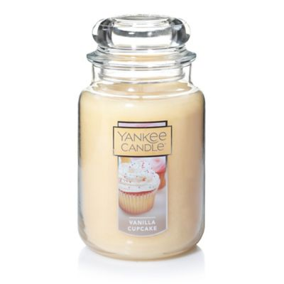 Yankee Candle Housewarmer Vanilla Cupcake Scented Candles Bed
