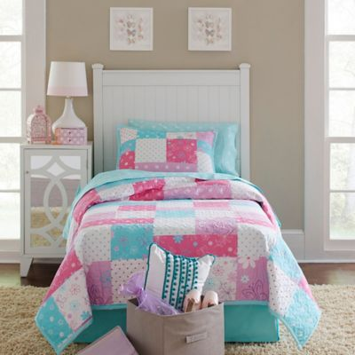 image of Lullaby Bedding Butterfly Garden Quilt Set