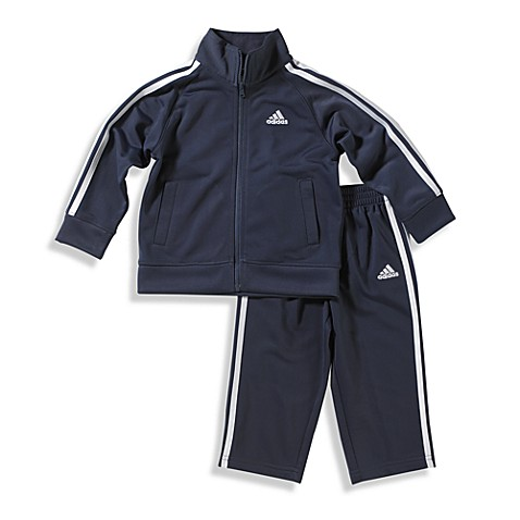 Product Description PUMA girls' two piece track set is a classic look for everyday, casual wear.