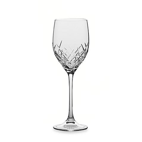 Buy vera wang wedgwood duchesse encore 14 ounce wine glass from bed bath beyond - Vera wang duchesse wine glasses ...