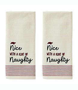 """Toallas para manos con frase """"Nice with a hint of Naughty"""""""