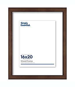 Portarretratos de madera Simply Essential™ Gallery Floating de 40 x 32.38 cm color café nogal