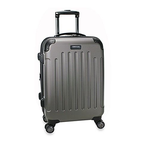 Kenneth Cole Reaction Renegade 20-Inch Expandable 8-Wheel Upright in Silver
