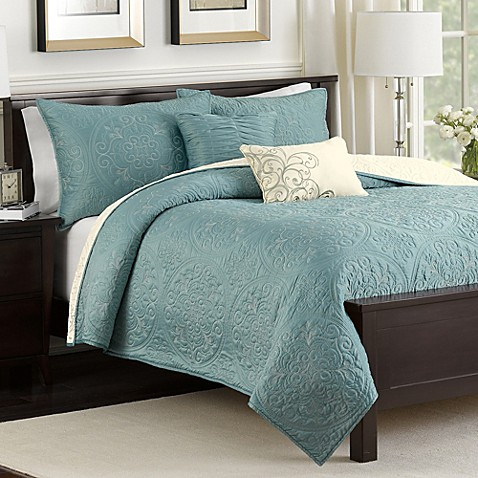 Medallion Reversible Quilt Set In Teal Bed Bath Beyond