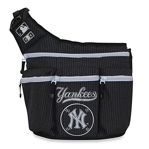 diaper dude mlb ny yankees messenger diaper bag bed bath beyond. Black Bedroom Furniture Sets. Home Design Ideas
