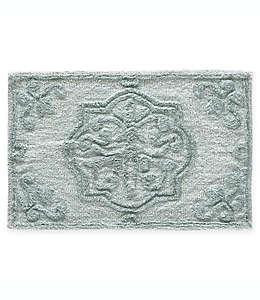 Tapete para baño J. Queen New York™ Corina de 50.8 x 76.2 cm en azul spa