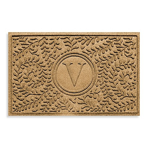 "Weather Guard™  Boxwood Monogrammed ""V"" 23-Inch x 35-Inch Door Mat"