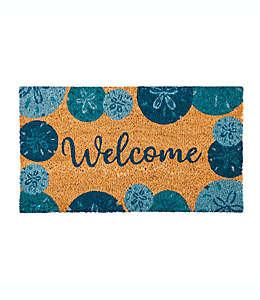 """Tapete para entrada Evergreen con frase """"Welcome"""" y galletas de mar azules, 40.64 x 71.12 cm"""