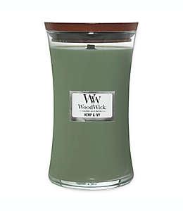 Vela grande en vaso WoodWick® aroma de cáñamo y hiedra