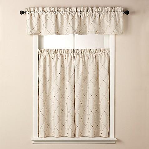 Wellington Bath Window Curtain Tier Pair In Cream Bed