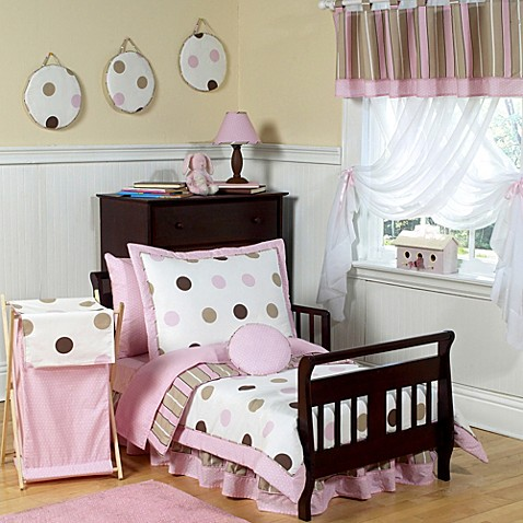 Sweet jojo designs pink and chocolate mod dots bedding for Polka dot bedroom designs