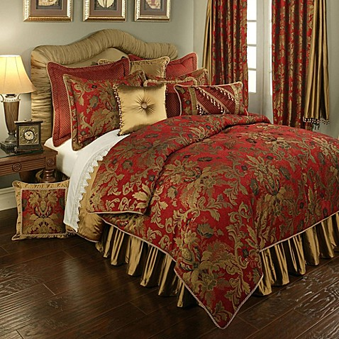 Austin Horn Classics Verona Duvet Cover In Red Gold Bed