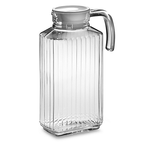 quadro glass pitcher with lid bed bath beyond. Black Bedroom Furniture Sets. Home Design Ideas