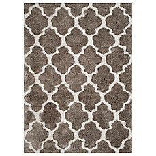 image of Safavieh Nantucket Collection Barcelona Shag Rugs in Silver/White