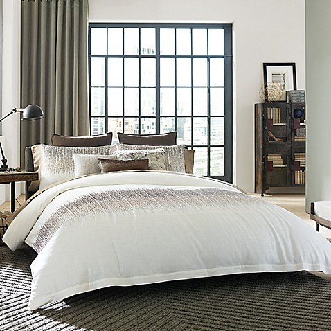 Kenneth Cole Reaction Home Etched Comforter Set In Ivory