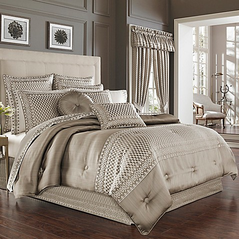 J Queen New York Bohemia Comforter Set In Champagne Bed