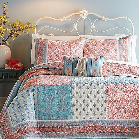 Jessica Simpson Indian Inspired Sunrise Quilt In Coral