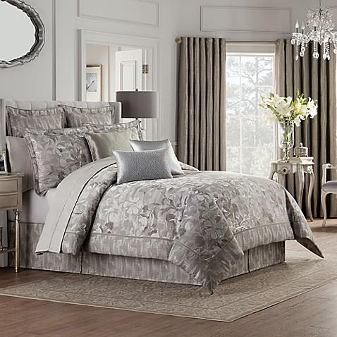 Valeron Fiesol Comforter Set In Silver Bed Bath Amp Beyond