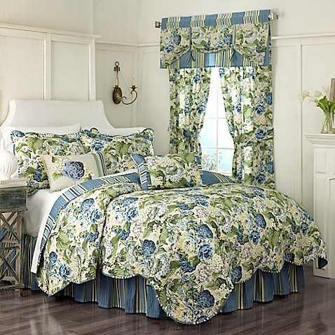 Waverly 174 Floral Flourish Reversible Quilt Set In Porcelain