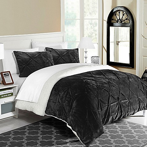 buy chic home aurelia 2 piece twin twin xl comforter set in black from bed bath beyond. Black Bedroom Furniture Sets. Home Design Ideas