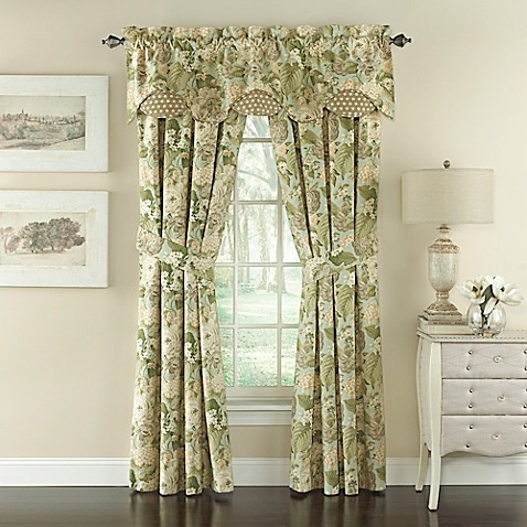 Waverly 174 Garden Glory Scalloped Floral Window Valance In