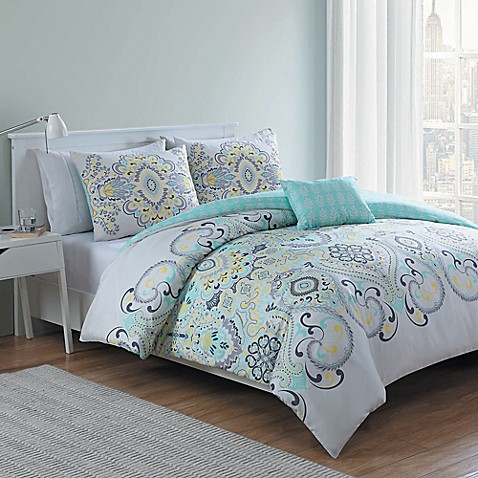 Vcny Amherst 4 Piece Reversible Comforter Set In White