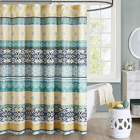 Intelligent Design Arissa Printed Shower Curtain In Green