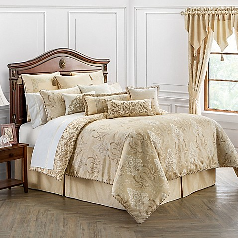 Waterford 174 Linens Copeland Reversible Comforter Set In
