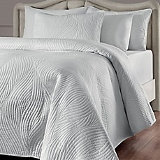 image of Brielle Stream Quilt Set