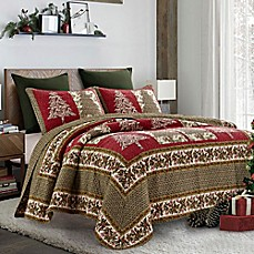 image of holly tree quilt set in redgreen