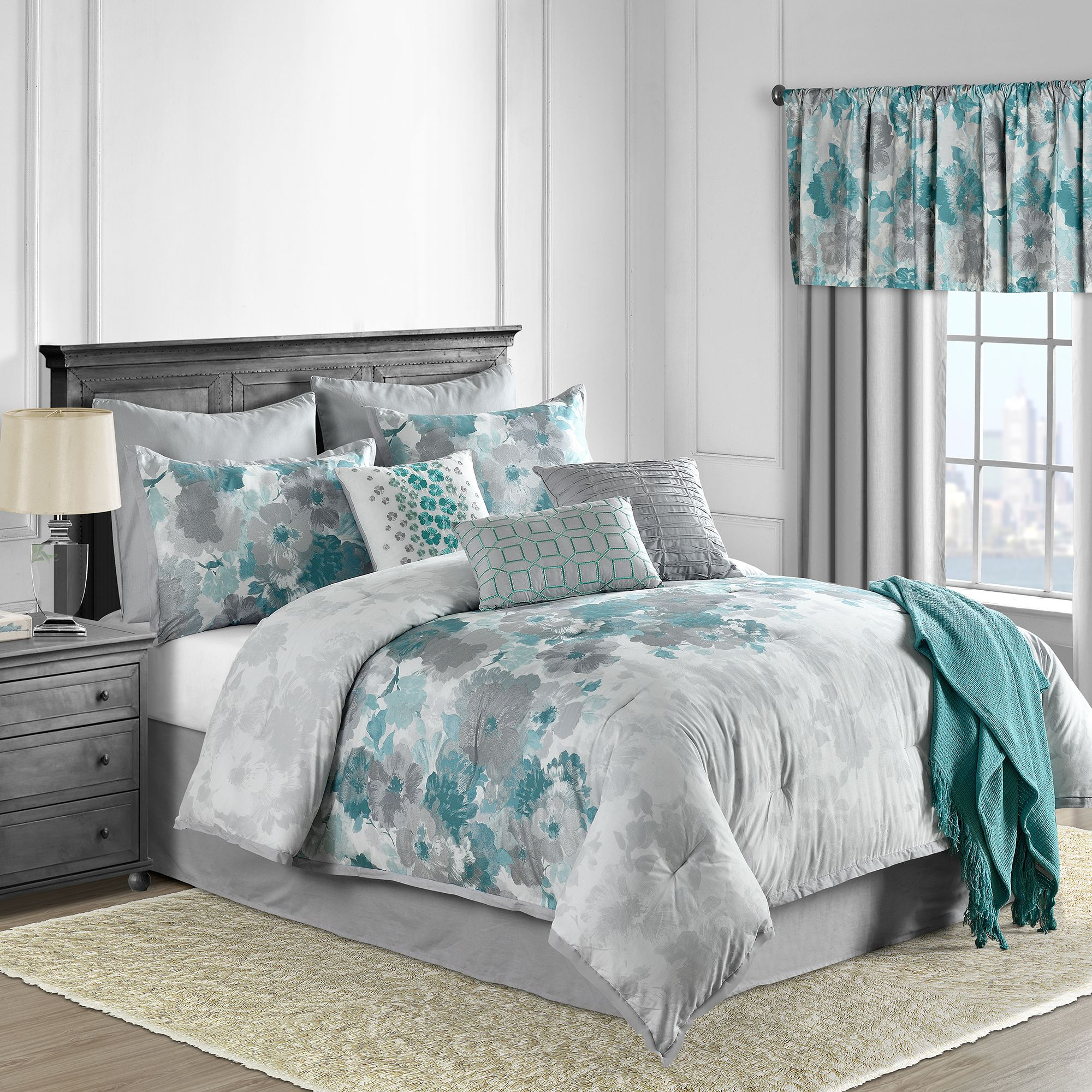 Claire 10 Piece forter Set in Teal Bed Bath & Beyond