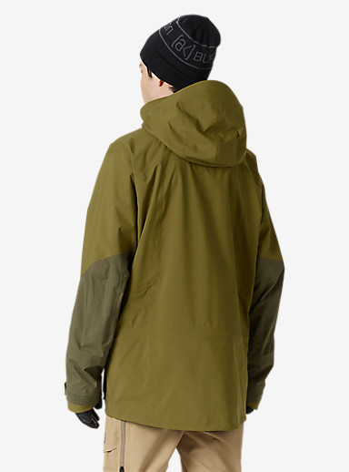Burton [ak] 3L Hover Jacket shown in Fir / Jungle