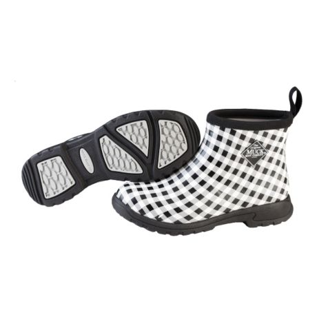 1e402ee6c91d63 Muck Women s Breezy Cool Ankle Height Garden Boot - Black Gingham. Use +  and - keys to zoom in and out