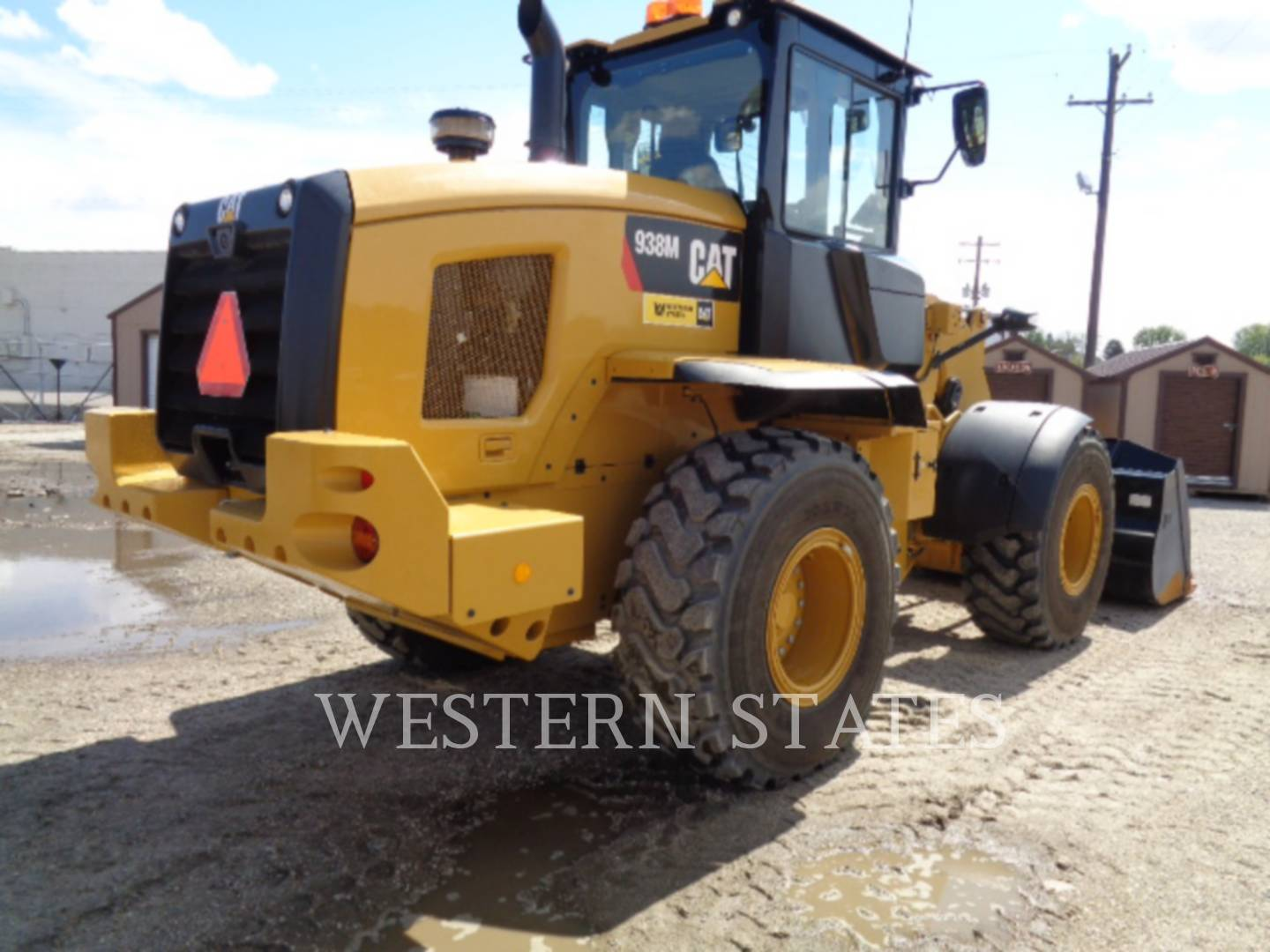 2015 CATERPILLAR 938M image2