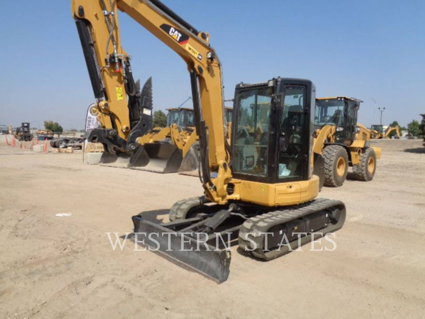 2016 CATERPILLAR 305.5E2CR image0