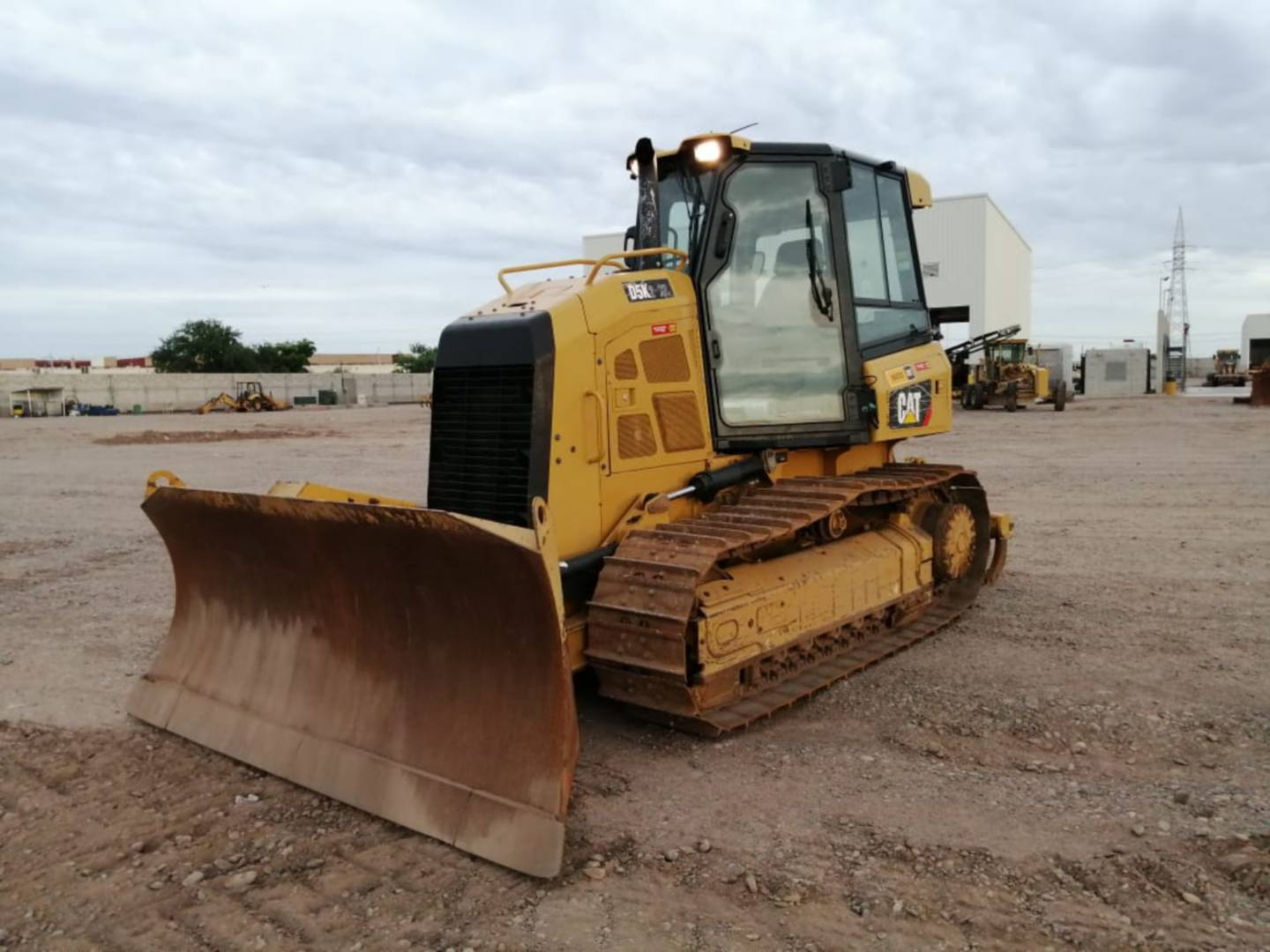 caterpillar-wt302234