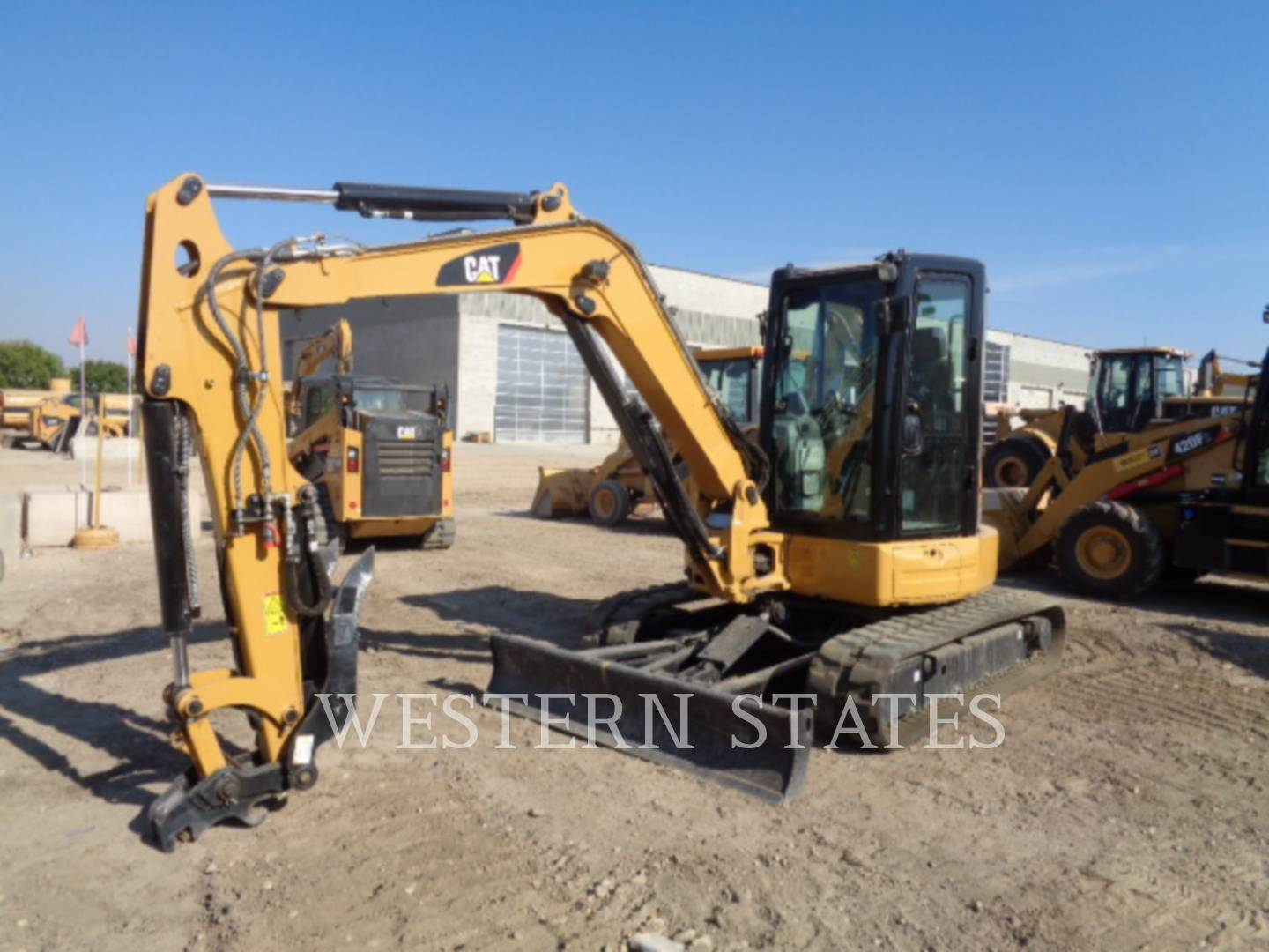 2015 CATERPILLAR 305.5E2CR image0