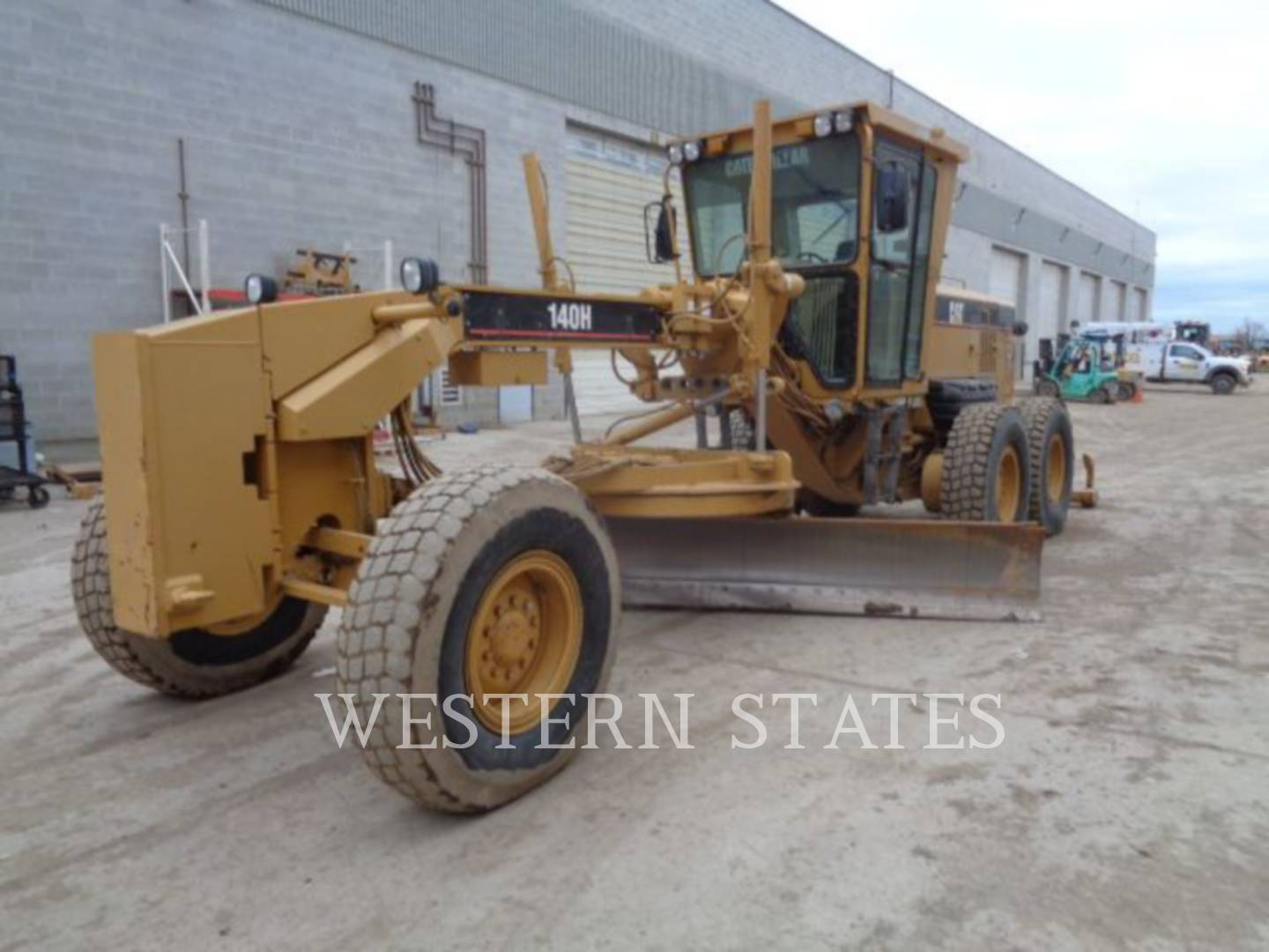 2004 CATERPILLAR 140HNA image0