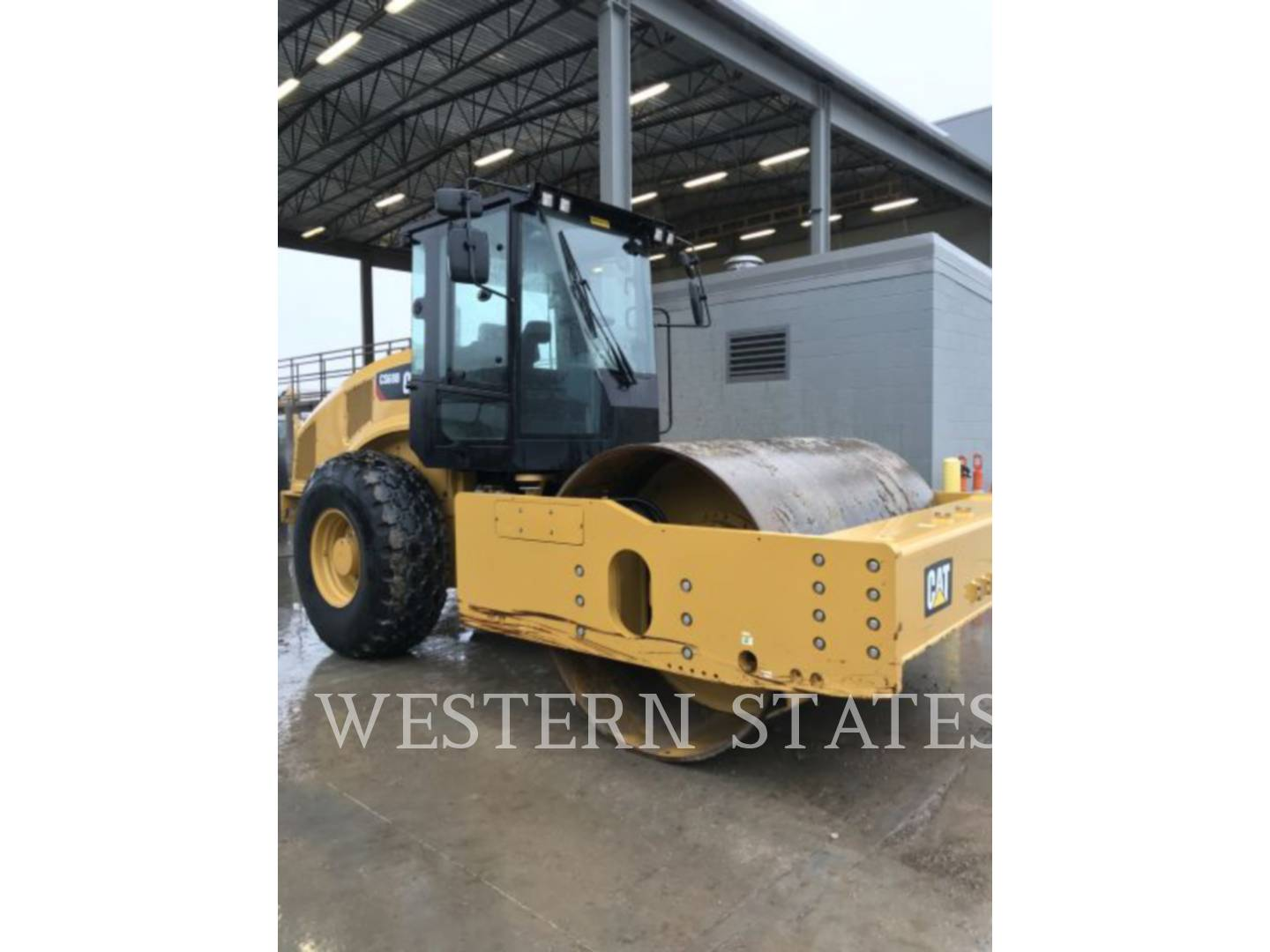 2013 CATERPILLAR CS68B image0