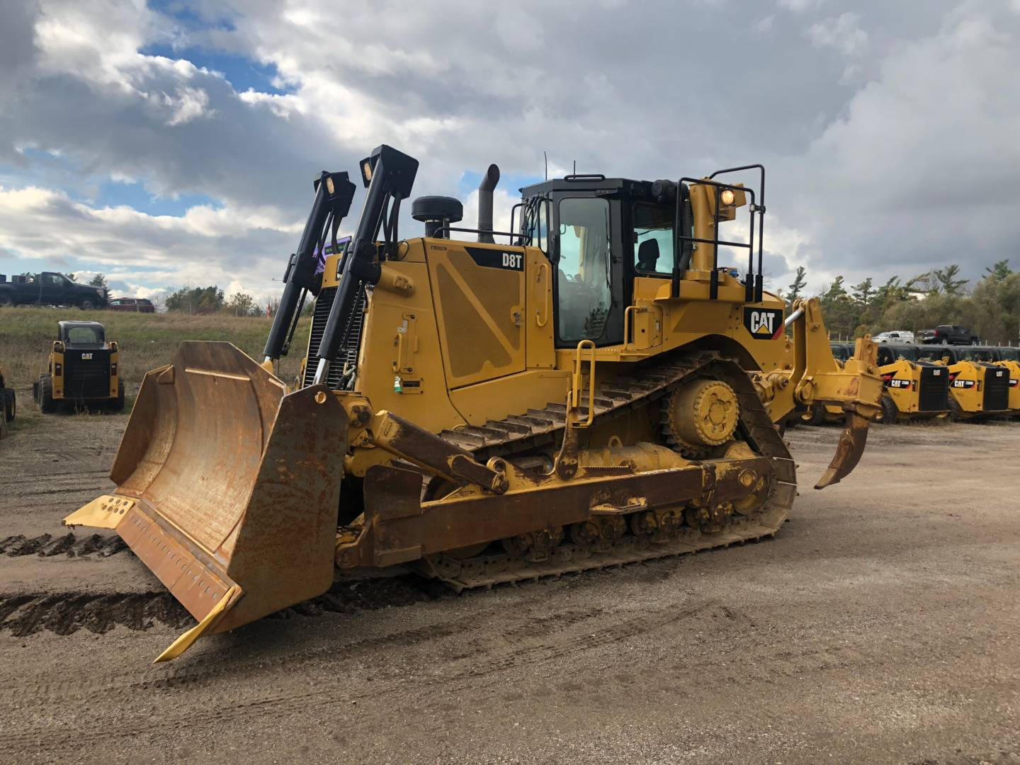 Whayne Walker Cat | Used 2015 Caterpillar D8T for Sale