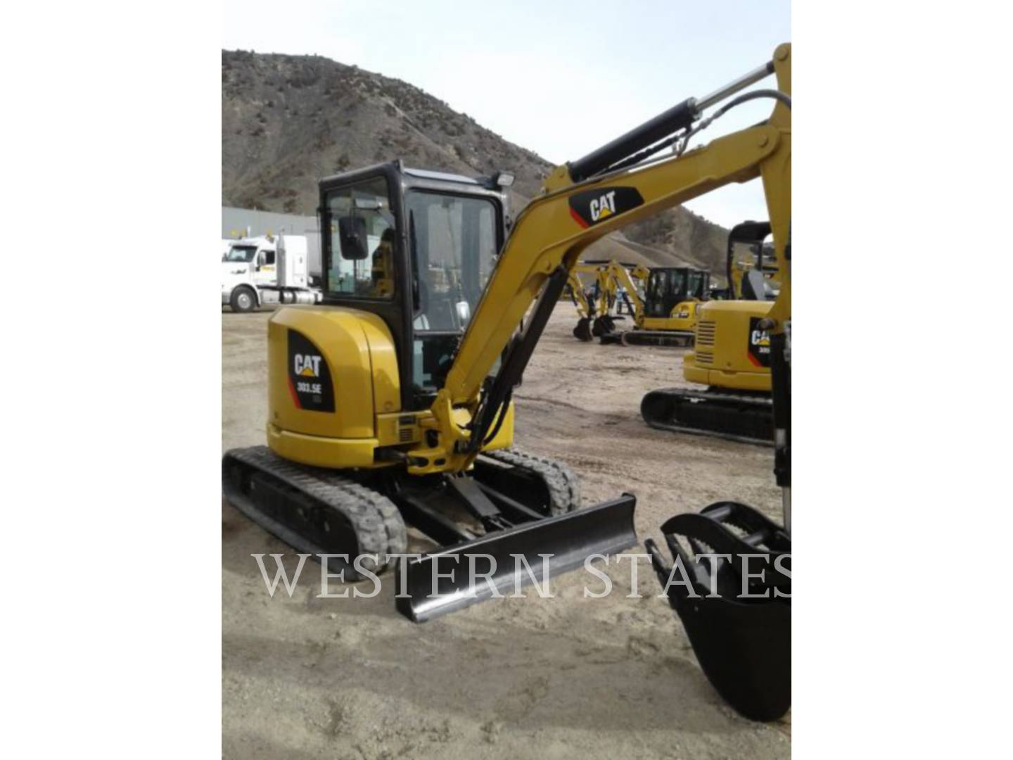 2015 CATERPILLAR 303.5ECR image1